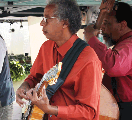 Ralph Nelson, guitar — Dewayne Oakley Blues Emsemble performs at an open air venue, Oakland
